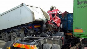nehoda kamiony hasici2