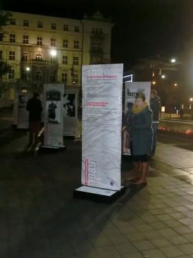 Výstava trvala od jedné hodiny odpolední do noci. Kateřina Šafářová