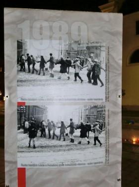 Na fotografiích je vidět listopad 1989 v Brně. Autor: Kateřina Šafářová